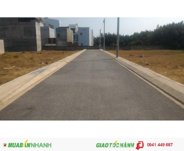 Đất thổ cư mặt đường Nguyễn Xiển quận 9, TP.HCM.