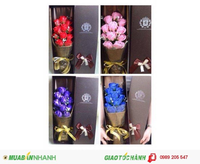 Hộp hoa sáp cao cấp 11 bông0