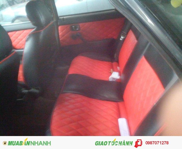 Cần bán xe Mazda 626 4