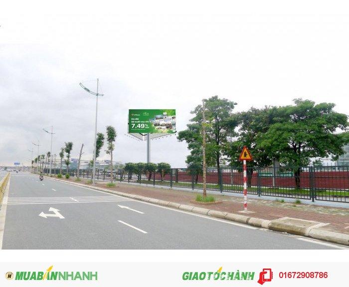 Mô tả vị trí: Nằm trong sân bay Nội Bài, phía trước sảnh E, bãi đỗ xe và lối ra sân bay, cạnh trạm soát vé.  Liên hệ quảng cáo:  Unique Advertising Hotline: 0986 268 555 - See more at: