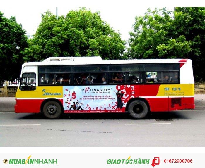 Lộ trình: Xe chạy trong trung tâm thành phố Hà Nội, qua các phố lớn đông đúc người qua lại. Thời gian hoạt động: Từ 5h15 tới 21h30 hàng ngày (kể cả ngày nghỉ, ngày lễ) Mô tả: Loại hình quảng cáo di động. Diện tích quảng cáo: Từ 2-5m2/mặt Vị trí: Hai bên thân xe buýt từ phần đầu bánh trước tới phần thân bánh sau Loại vật liệu: Decal - See more at: http://quangcao-ngoaitroi.com/noi-thanh-ha-noi_i928_c150.aspx#sthash.6rNpc6ef.dpuf