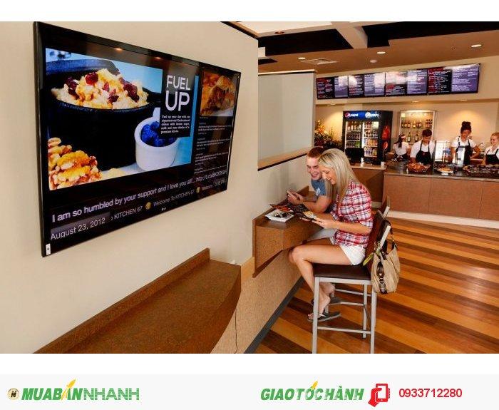 - eHotel Signage: Quảng cáo số thông minh, giúp hotel/resort đẩy các thực đơn, món ăn, dịch vụ, khuyến mãi hấp dẫn đến du khách thông qua các màn hình LCD lớn.