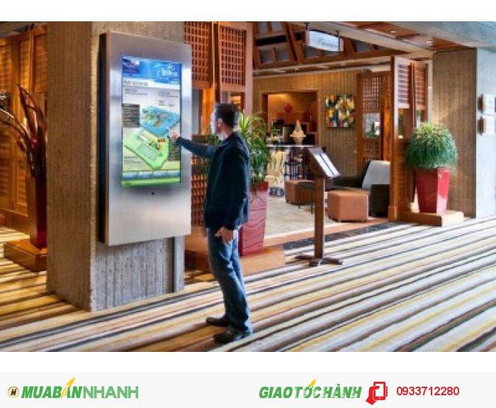 - eHotel Lobby: Được thể hiện dưới dạng LCD, kiosk màn hình cảm ứng đặt tại sảnh lễ tân nơi đông khách qua lại, giúp khách tương tác để tra cứu thông tin dễ dàng.
