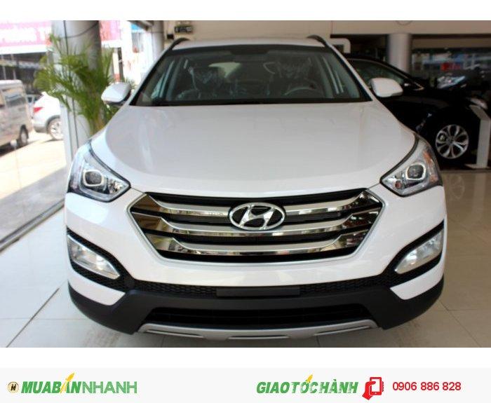 Hyundai Santafe 5 chổ-Hỗ trợ trả góp 80%-Xe có sẵn giao ngay-Giá tốt