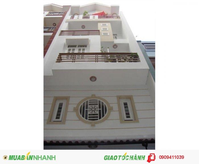 Cần bán nhà 1T 3L 4PN, DTSD 220m2 gần NT Bình Triệu, SHR bao sang tên.