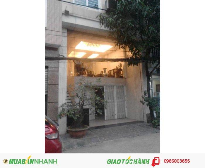 Chính chủ bán  nhà ngõ 251 Nguyễn Khang, DT 56.5 m2, 5 tầng, MT 5.1 m, SĐCC giá 11.4 tỷ