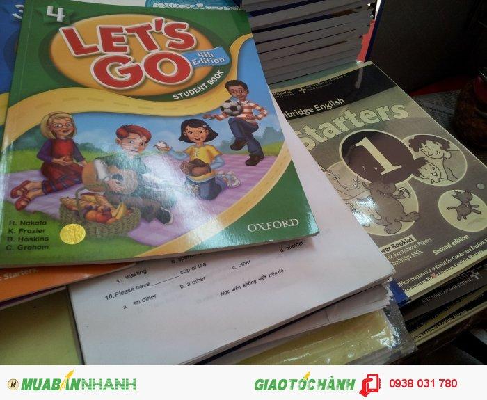 Tài liệu học tập luôn được trung tâm cập nhật mới nhất, giáo trình học phong phú: bên cạnh các giờ học chữ trẻ còn được làm quen các từ vựng tiếng Anh thông qua tranh ảnh, trò chơi thú vị,...