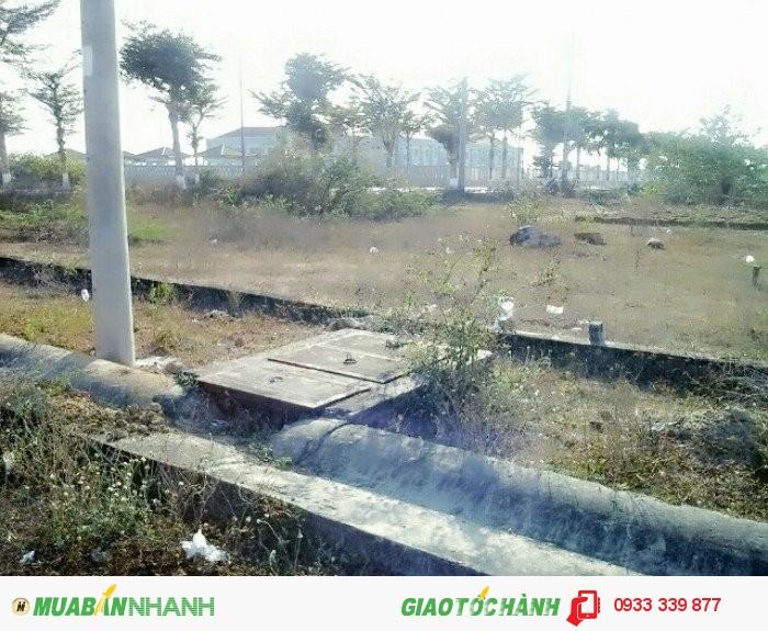 Bán đất dự án diên tích 9000m2,đừng Lê Văn Thịnh, quận 2 giá 180 tỷ