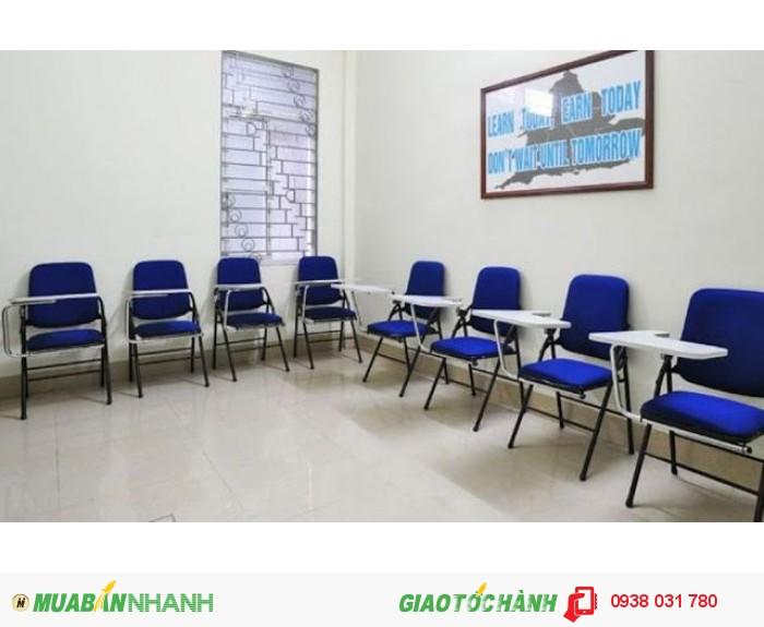 Phòng học luôn được trang bị đầy đủ tiện nghi, rộng rãi, thoáng mát, phù h�...