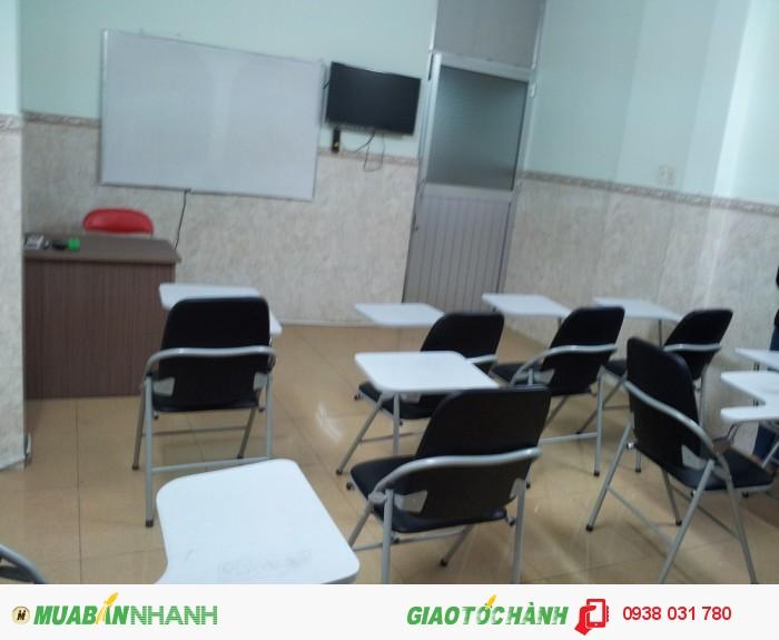 Môi trường học tập hiện đại, thiết bị hiện đại, giảng viên thân thiện nhiệt tình, tạo môi trường học tập, ôn luyện thi hiểu quả nhất cho học viên.
