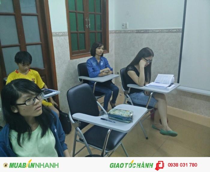 Trung tâm ngoại ngữ Âu Úc Mỹ là tổ chức giáo dục có thế mạnh vượt trội về đào tạo tiếng Anh nâng cao, tiếng Anh du học, tư vấn du học Mỹ và là một trong những trung tâm luyện thi TOEIC uy tín hàng đầu hiện nay.