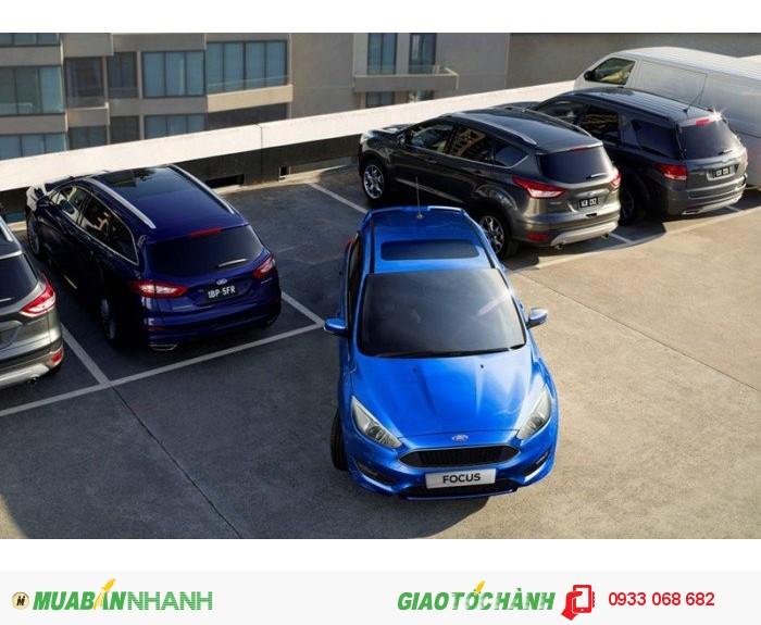 Ford Focus 1.5L AT Ecoboost - Xe giao ngay đủ màu giá tốt nhất Sài Gòn
