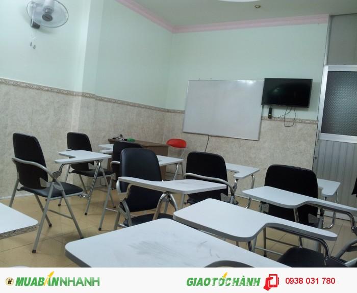 Phòng học rộng rãi, thoáng mát, trang thiết bị học tập hiện đại tạo điều kiện học tập tốt nhất cho bé.