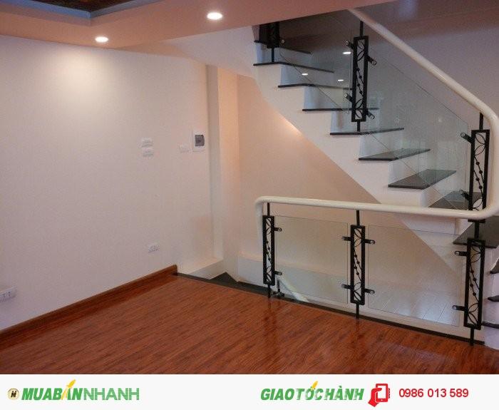 Bán nhà Xã Đàn, Đống Đa. DT 34m2 xây mới 6 tầng, nội thất đẹp, ô tô gần nhà, giá 3.4 tỷ