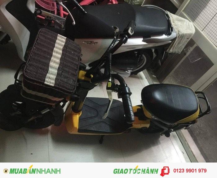 Cần bán xe điện Gaint 133 màu vàng