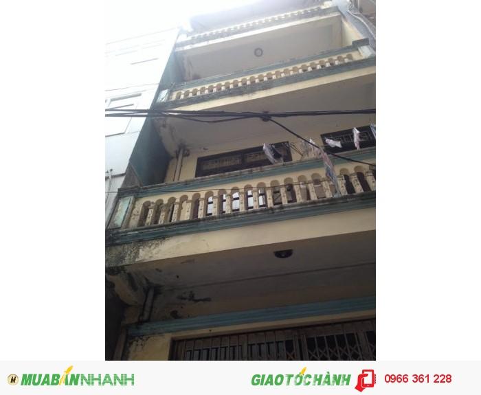 Nhà mặt ngõ Yên Hòa,DT 30m2 x3,5 tầng.cách Phố 15m.Giá 2.75 tỷ.