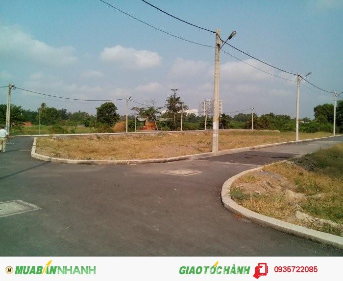 Bán đất 2 mặt tiền cách đường Phạn Văn Đồng 50m