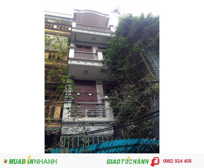 Bán nhà mặt phố Hàng Quạt; 30m2; 3Tầng;MT 2,5m; 9,4Tỷ; SĐCC.