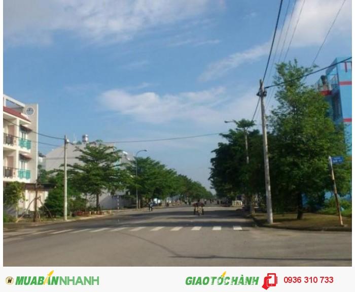 Chính chủ bán lô đất mặt tiền Nguyễn Xiển, quận 9. DT: 54m2, đường nhựa 12m