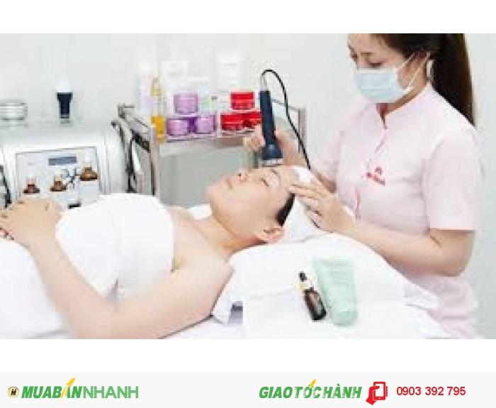 Chăm sóc da mặt bằng tế bào gốc2