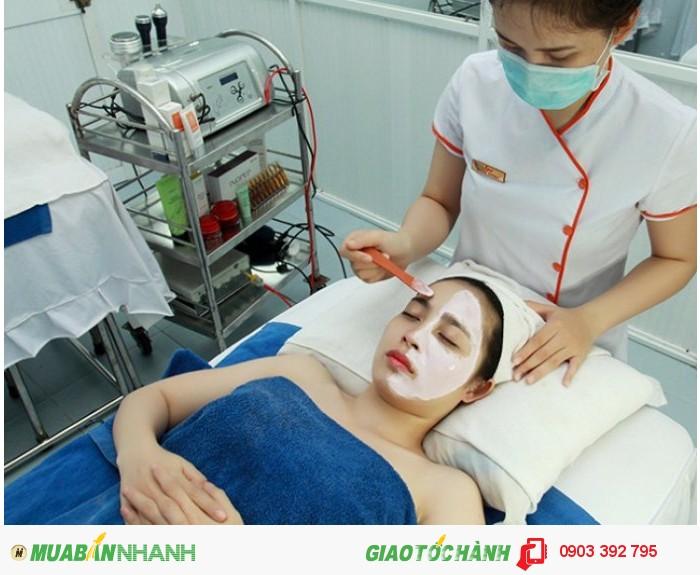 Chăm sóc da mặt bằng tế bào gốc3