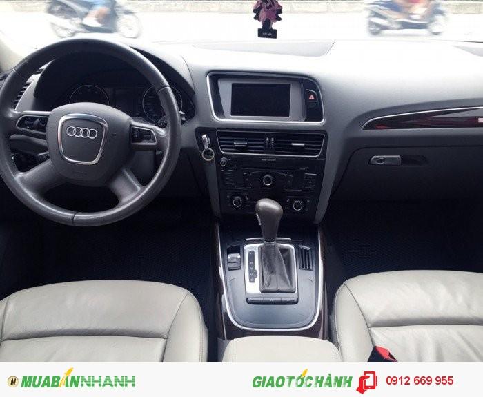 Bán xe Audi Q5 2.0T 2011, màu xám