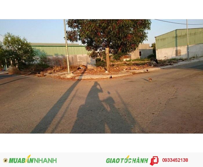 400m2 đất 2 mặt tiền đường KDC Long Thới, Nguyễn Văn Tạo, 10tr/m2