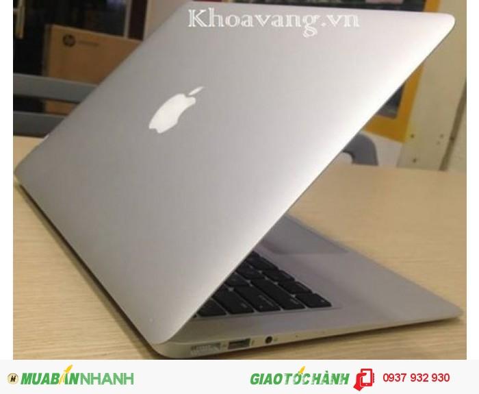 Macbook Air 13 inch Core i7 | Ổ cứng SSD 256GB truy xuất cực nhanh, bộ nhớ Ram 8GB 1600MHz, card màn hình intel Graphics HD 5000.