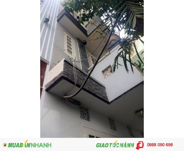 Bán nhà mặt tiền đường Hồ Biểu Chánh, P12, Q Phú Nhuận. DT 3,15x14,6m