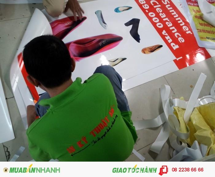 Tấm poster PP giới thiệu những mẫu giày cao gót, giày nữ công sở mới thu hút đ...