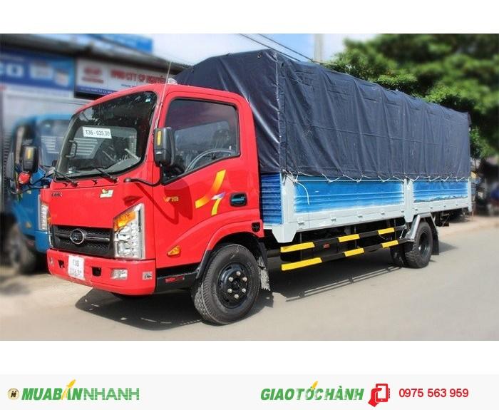 Hyundai 2 tấn thùng dài 6,1m vào thành phố 4