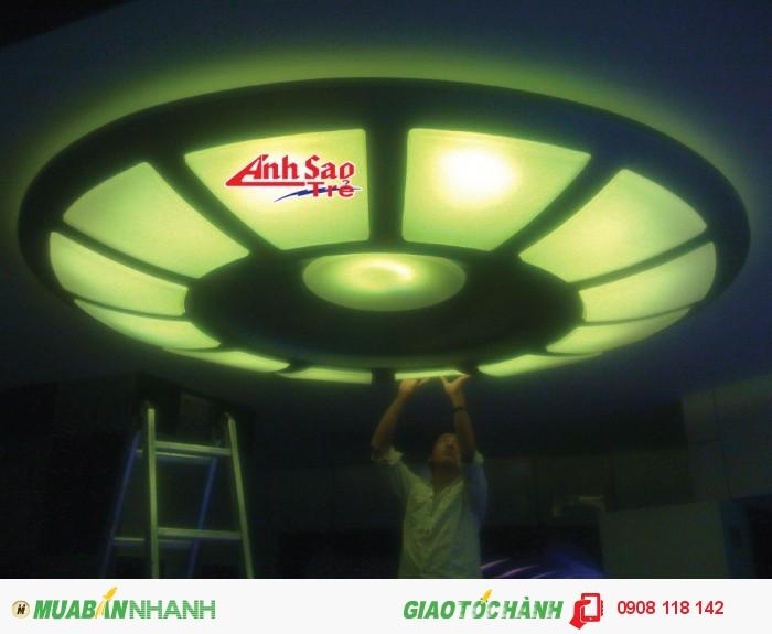 Trang trí LED mang lại cho nhà hàng, khách sạn, doanh nghiệp... của bạn trở nên chuyên nghiệp, nối bật, sang trọng. Hãy liên hệ với chúng tôi để được tư vấn miễn phí và được sở hữu sản phẩm phù hợp nhất với mong muốn của bạn.