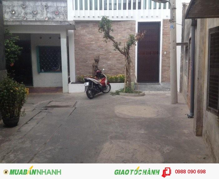Bán nhà 2 mặt hẻm Bùi Thị Xuân, Phường 3, Tân Bình. Diện tích 4.7x11