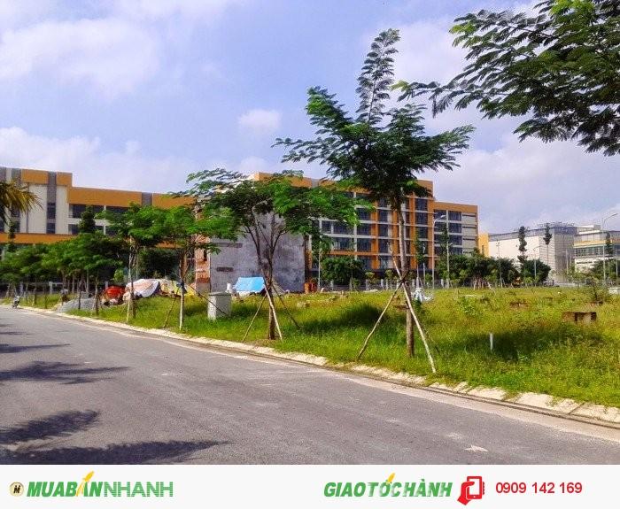Bán Biệt Thự Sổ Hồng Chính Chủ ngay Lotte Mart Lái Thiêu,Thuận An.An ninh- Cao cấp.