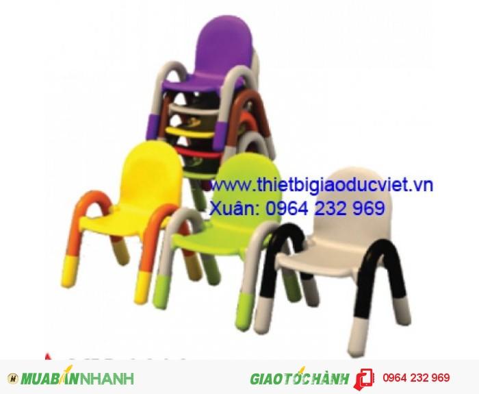 Ghế nhựa đúc cao 26cm rộng 32cm, có 4 màu0