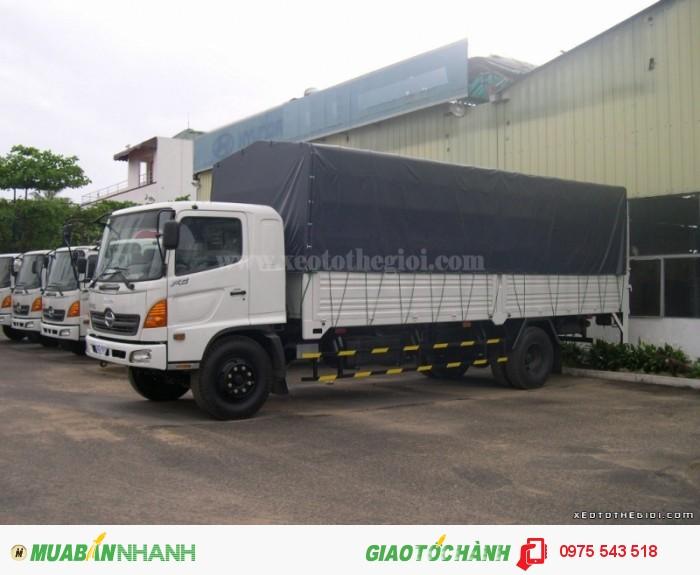 Xe tải Hino FG thùng mui bạt
