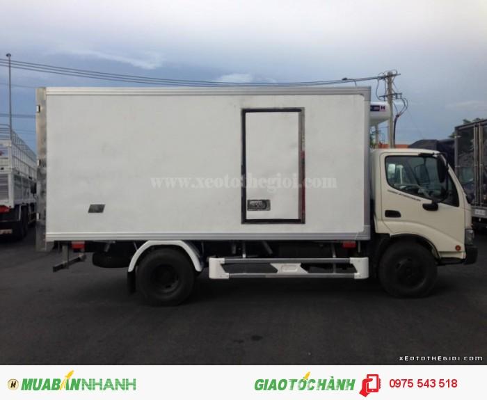 Xe tải Hino WU342L thùng đông lạnh 2