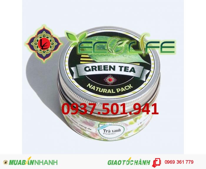Bột trà xanh có thể dùng làm mặt nạ chống nếp nhăn rất hiệu quả, làm chậm quá trình oxy hóa trên da, se khít lỗ chân lông, làm sáng da và trị mụn trứng cá0