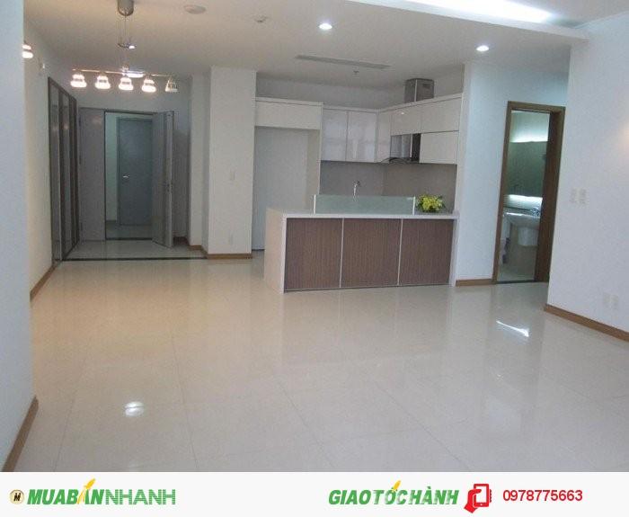 Bán căn hộ C14 Bộ công an 132 m2, 3 PN, hướng mát, giá 25tr/m2, bán gấp.