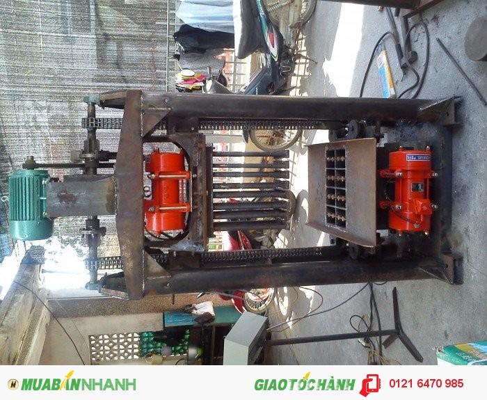 Máy đóng gạch xi măng để sử dụng trong lĩnh vực xây dựng0