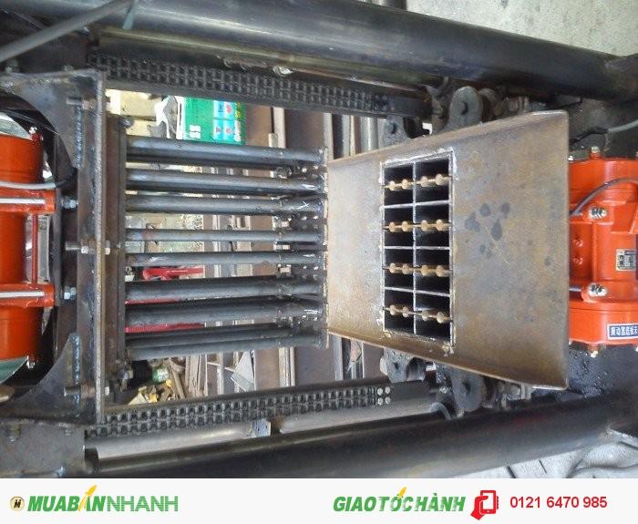 Máy đóng gạch xi măng để sử dụng trong lĩnh vực xây dựng1
