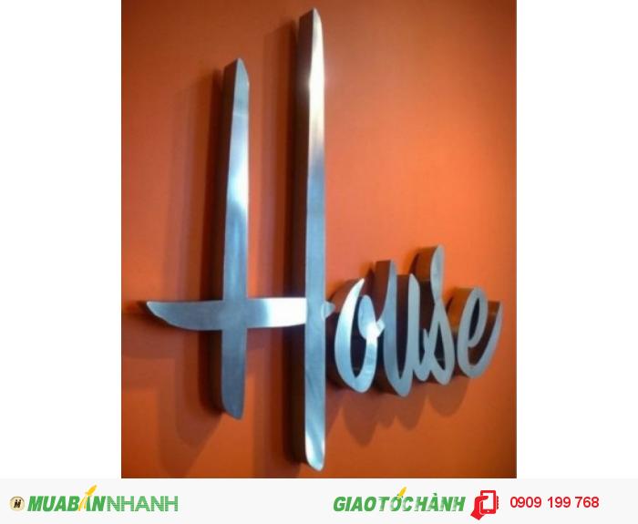 Công ty Ánh Sao Trẻ chuyên cung cấp chữ inox trắng ngoài trời đẹp cho nhà hàng, cửa tiệm, doanh nghiệp....Với công nghệ cắt chữ inox bằng máy cắt laser hiện đại nhất hiện nay những mẫu chữ chúng tôi đưa ra luôn đạt tiêu chuẩn thẫm mỹ, chất lượng tốt nhất cho các công trình lớn ngoài trời cũng như trong nhà.