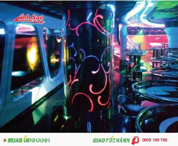 Các loại đèn Led được sử dụng hài hòa, tinh tế phù hợp với không gian sự kiện.