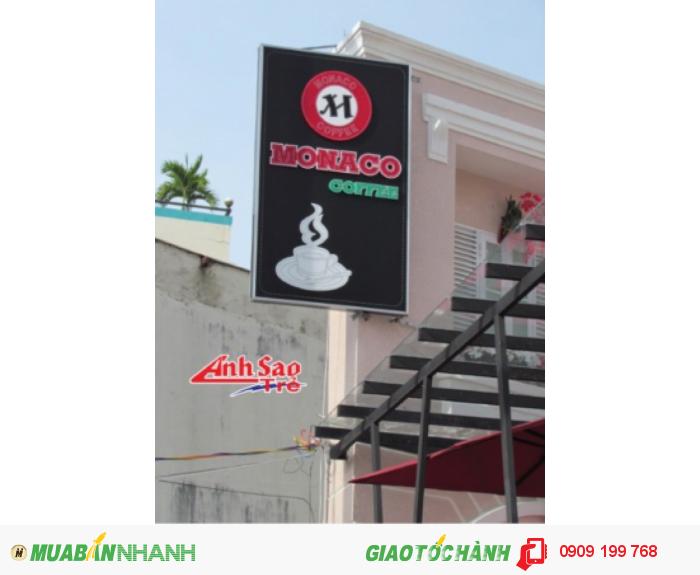 Ánh Sao trẻ nhận thiết kế và lắp đặt bảng hiệu đèn led cho MONACO Coffee, kích thước và thiết kế dựa trên yêu cầu của khách hàng.