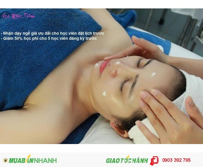 Cách chăm sóc da mụn nhờn1