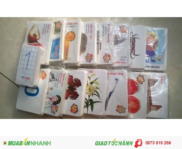 Thẻ flash card đơn giản, linh hoạt, màu sắc, hình ảnh rỏ nét giúp kích thích sự ghi nhớ và phản ứng của trẻ