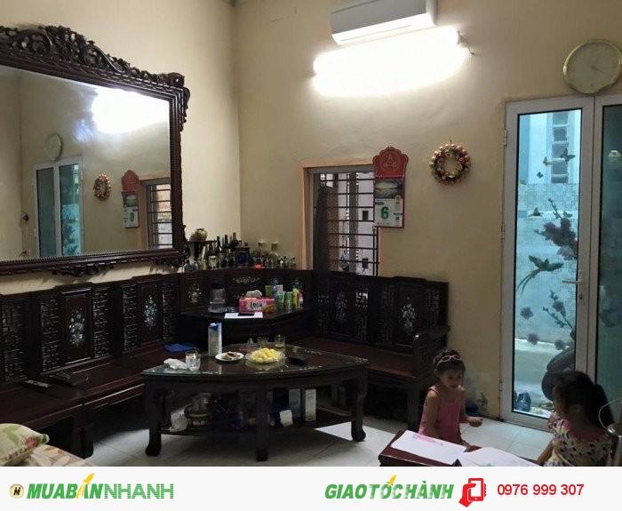 Bán nhà phân lô ngõ 180 Nguyễn Lương Bằng, Đống Đa, lô góc, 45m2, 2.6 tỷ