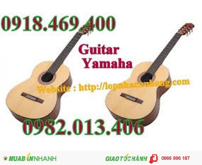 Đàn Guitar giá siêu rẻ, chỉ 390k.
