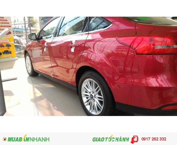Đại lý nào bán xe focus rẻ nhất? Xe Focus Ecoboost giá tốt giao ngay. 2