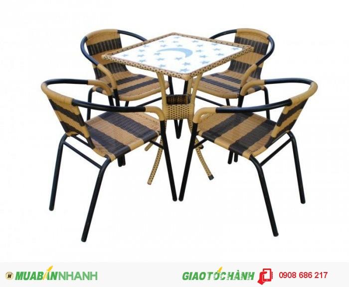 Bàn ghế gỗ quán ăn quán nhậu giá rẻ4